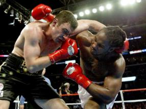 Klitschko camp rubbish reports of Lewis bout